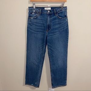 Abercrombie 90's Straight Ultra High Rise Jean NWT